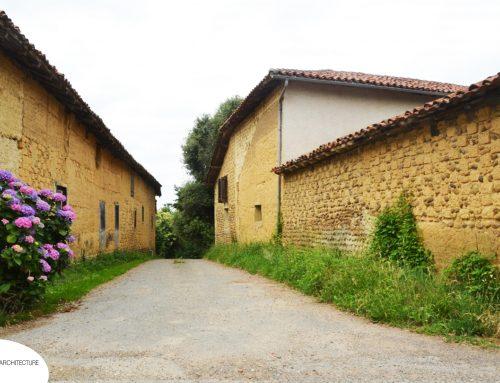 Pisé, adobes et damier dans les Hautes Pyrénées